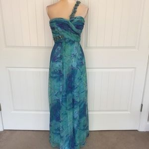 Caché formal gown dress size 0